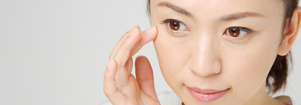 美容外科における、眼瞼下垂の整形術とは